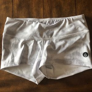 Pants - Focus Crossfit Booty Shorts white camo